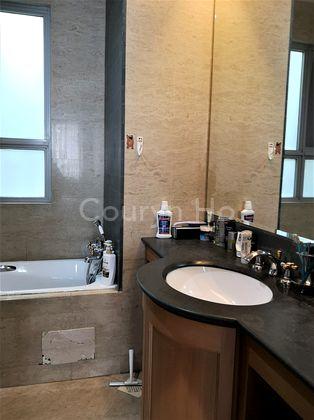 Master bedroom bath & vanity top