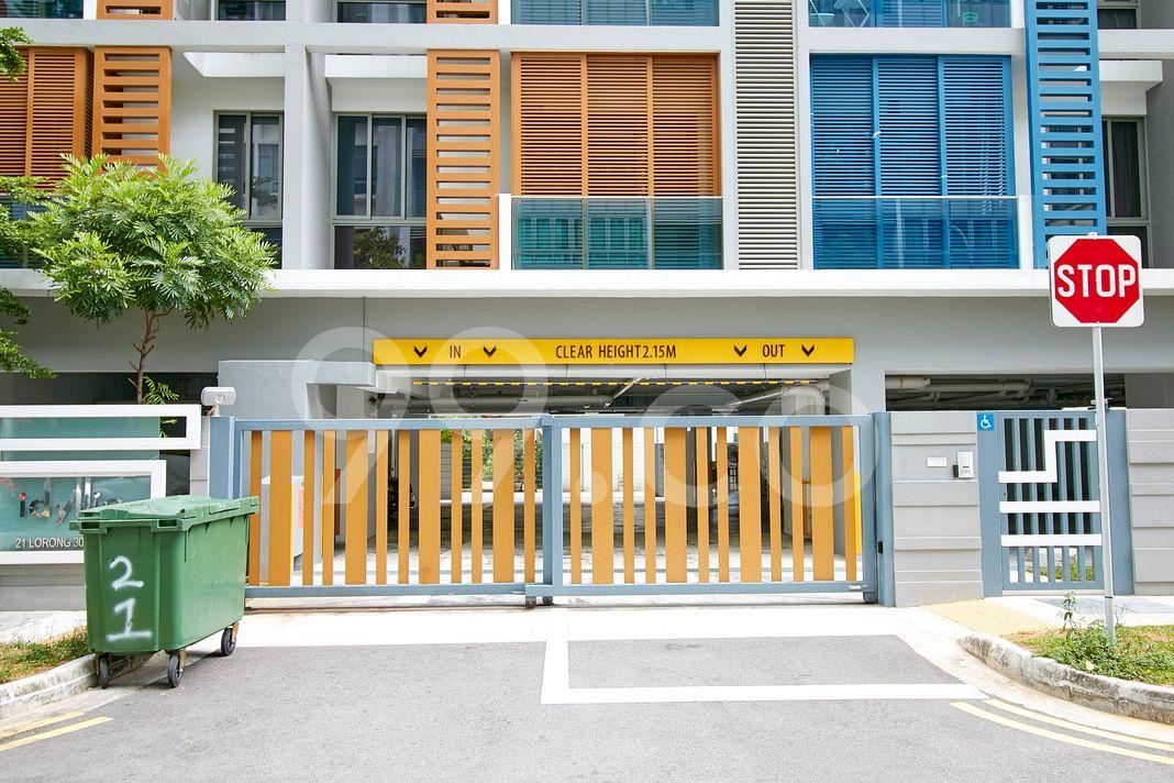 Idyllic Suites  Entrance