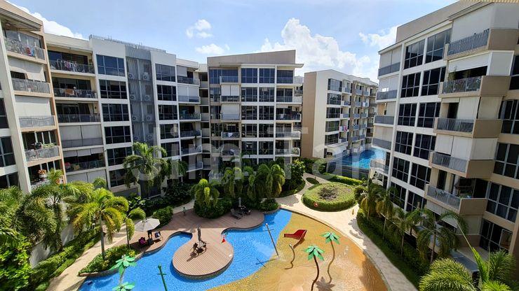 Beautiful Balcony Pool View