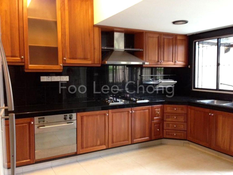 Huge renovated kitchen