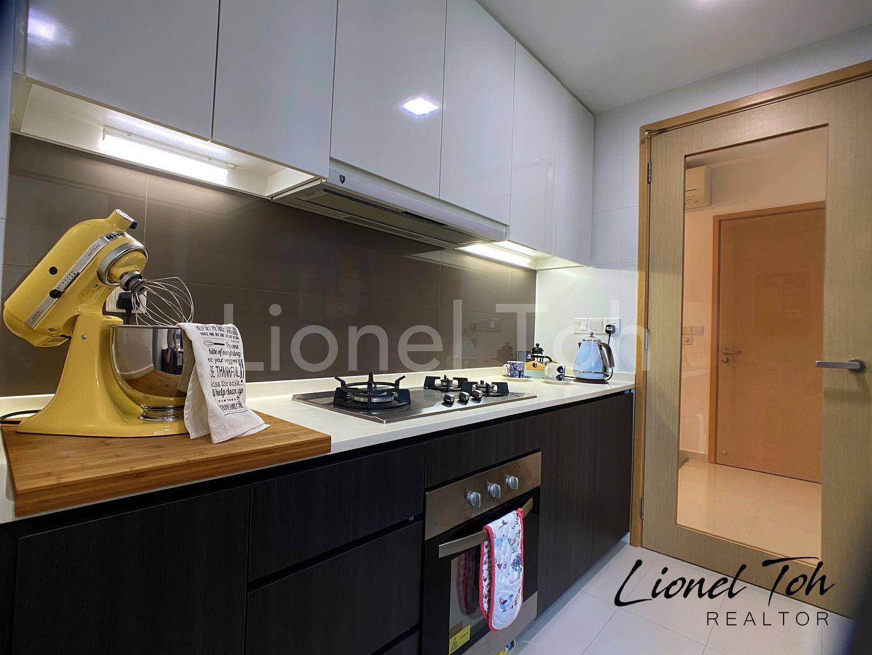 Kitchen - Lionel Toh Realtor