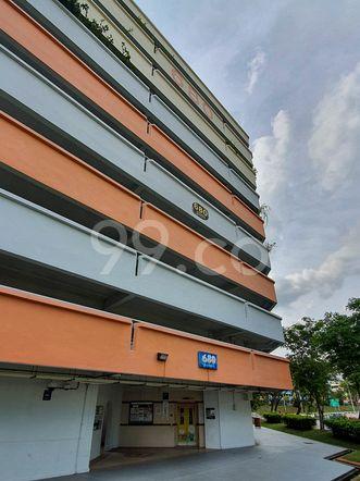 HDB-Hougang Block 680 HDB-Hougang