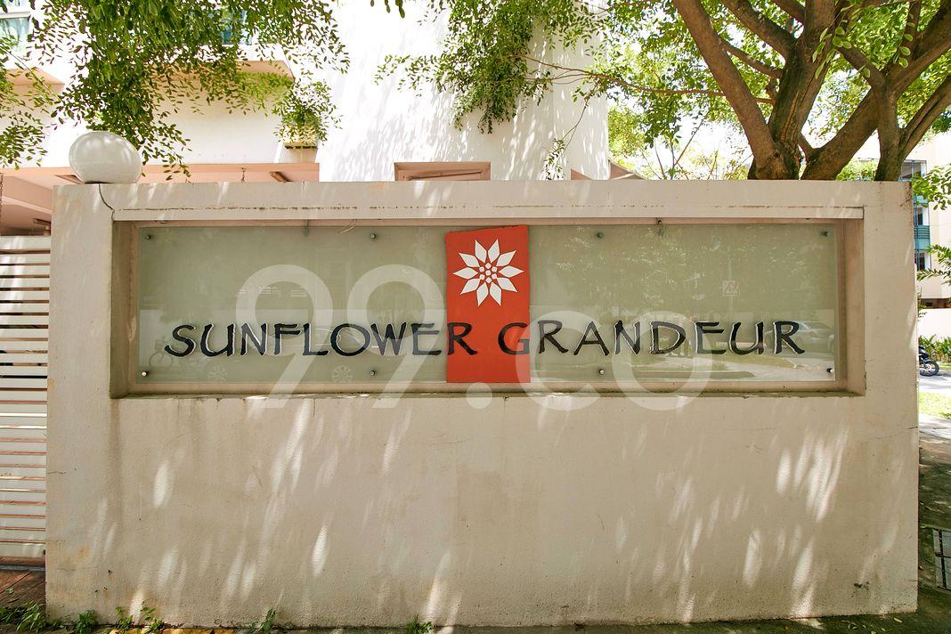 Sunflower Grandeur  Logo
