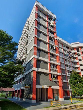 HDB-Hougang Block 447 HDB-Hougang
