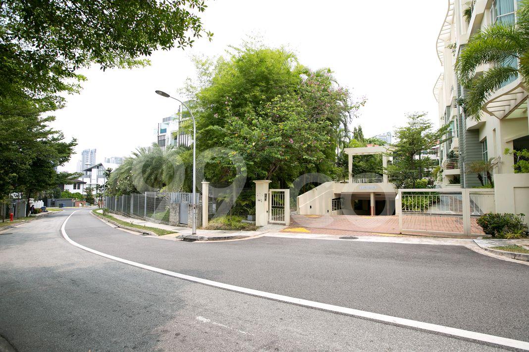 Gilstead 38  Entrance