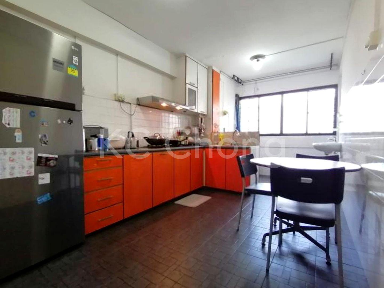 Block 210 Jurong East Street 21, High Floor - Kitchen