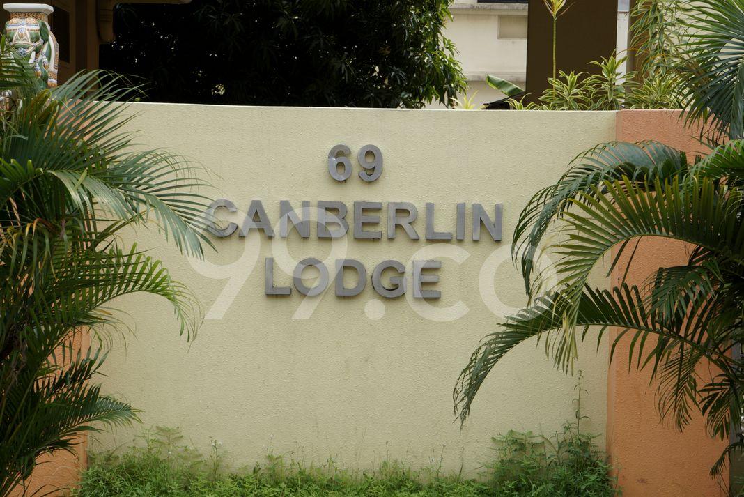 Canberlin Lodge  Logo
