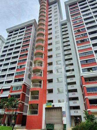 HDB-Hougang Block 698D HDB-Hougang