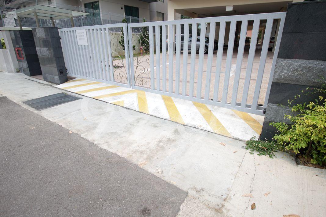 Sunny Parc  Entrance