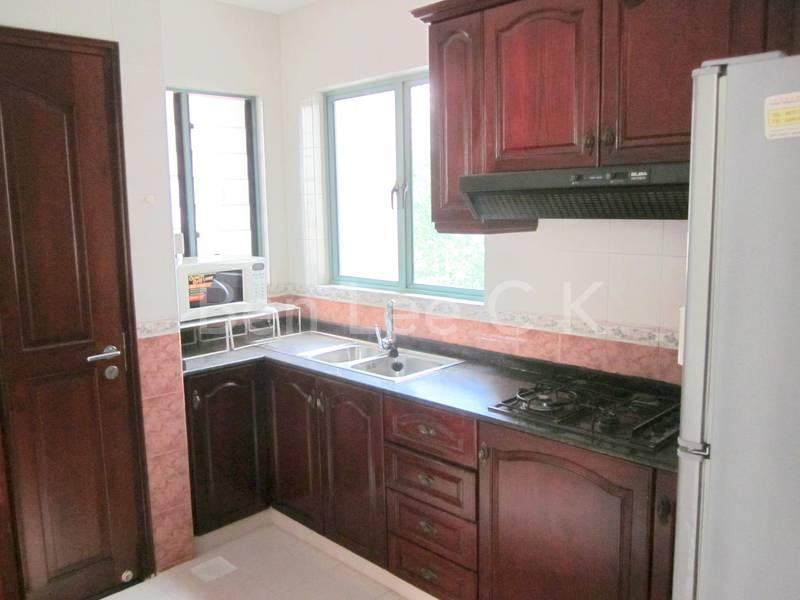 kitchen with fridge, wash machine