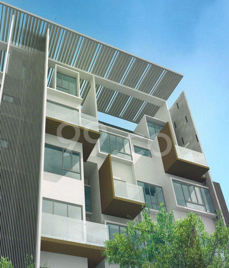 Balcon East  Cover
