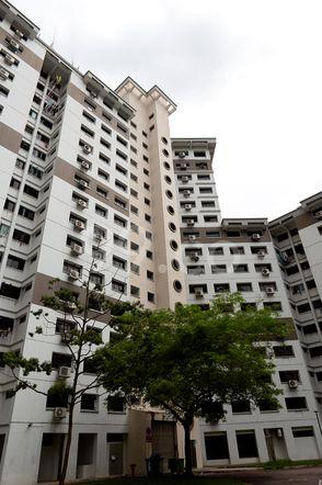 HDB-Jurong East Block 288B Jurong East