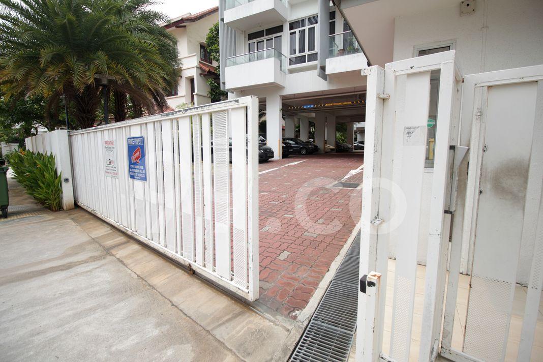 Palm Vista  Entrance
