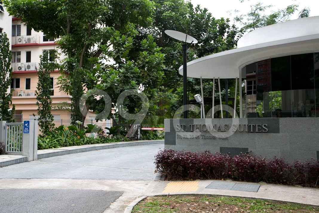 St Thomas Suites  Entrance