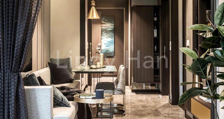 RV Altitude luxury freehold condo - living area
