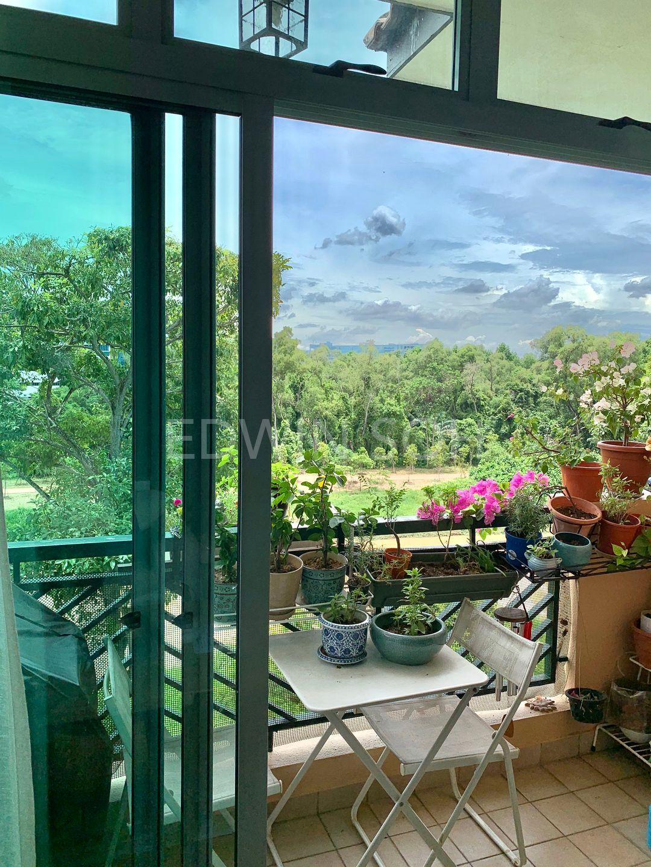 living area small balcony