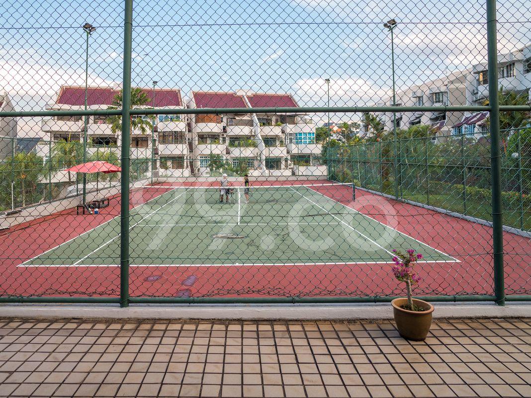 The Windsor  Tennis Court