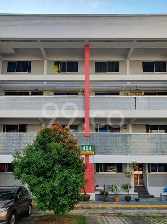 HDB-Hougang Block 454 HDB-Hougang