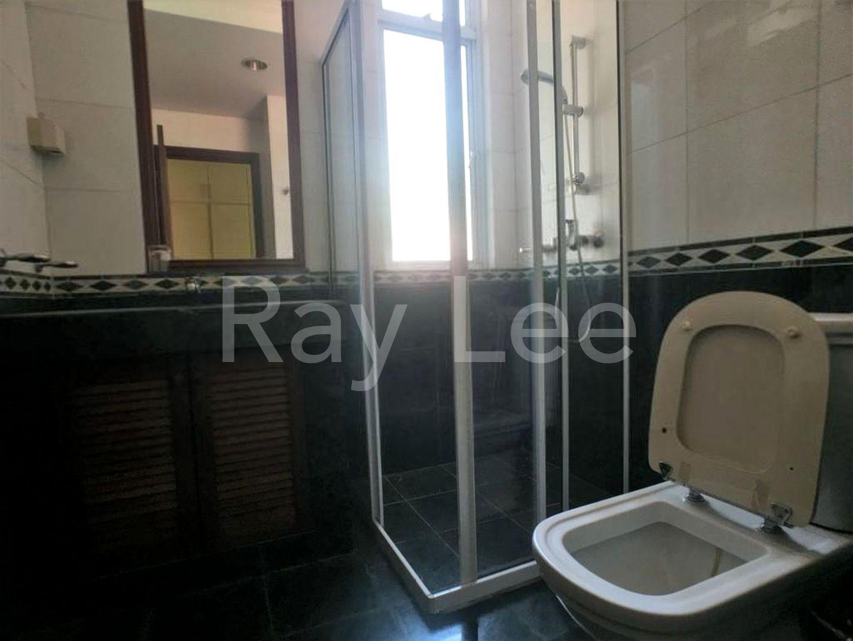Beechwood Grove Level 2 Master Bathroom 04