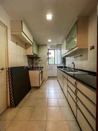 Rectangular kitchen with yard