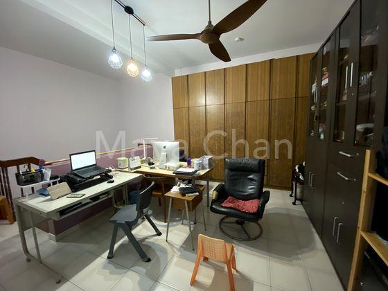BR 3 / Study Room