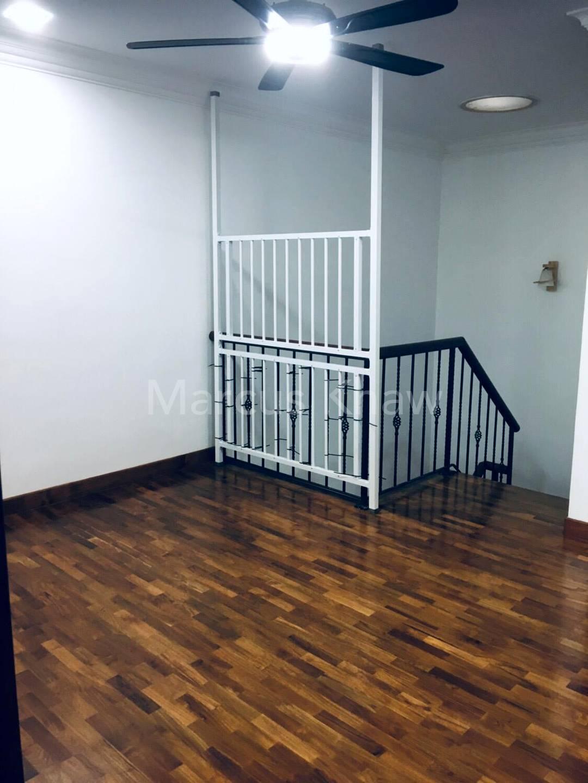 Level 2 Hallway