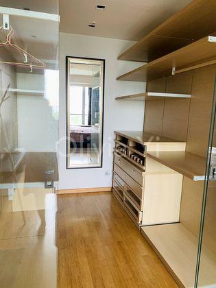Masterbedroom walk-in wardrobe