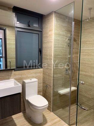 2 Baths Room