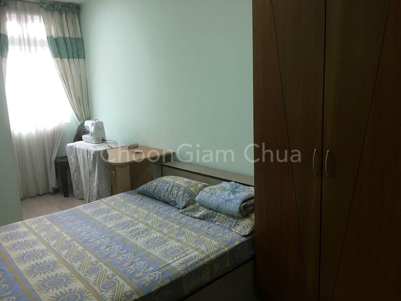 2nd Floor Bedroom 3 with queen size bed
