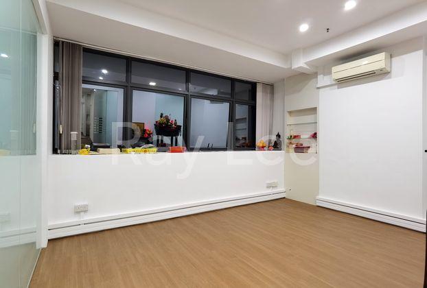 Vertex - Glass Room 02