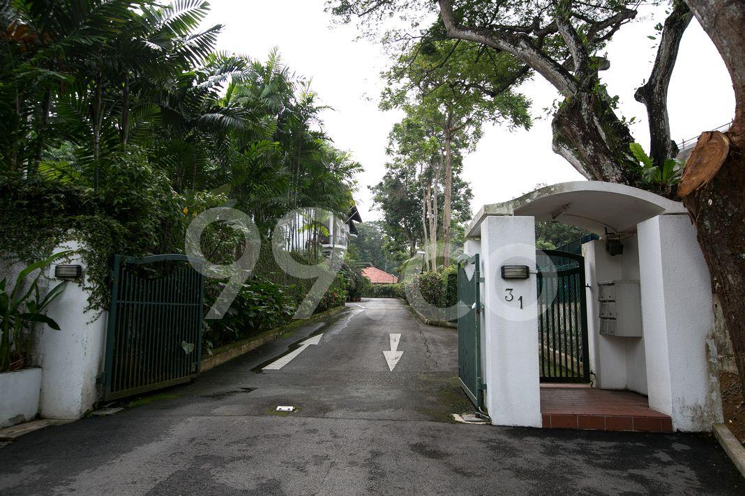Villaea Vista  Entrance
