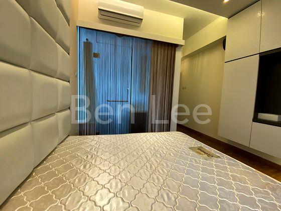 Cosy master bedroom with patio and ensuite bathroom