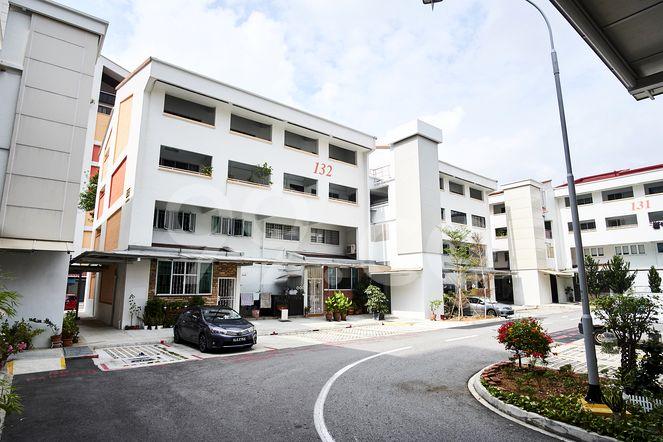 HDB-Potong Pasir Block 132 Potong Pasir