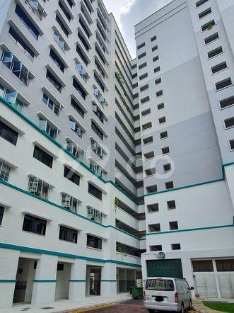 HDB-Hougang Block 575 HDB-Hougang