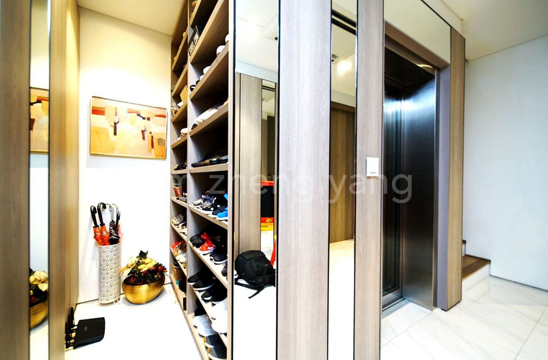 basement shoe rack