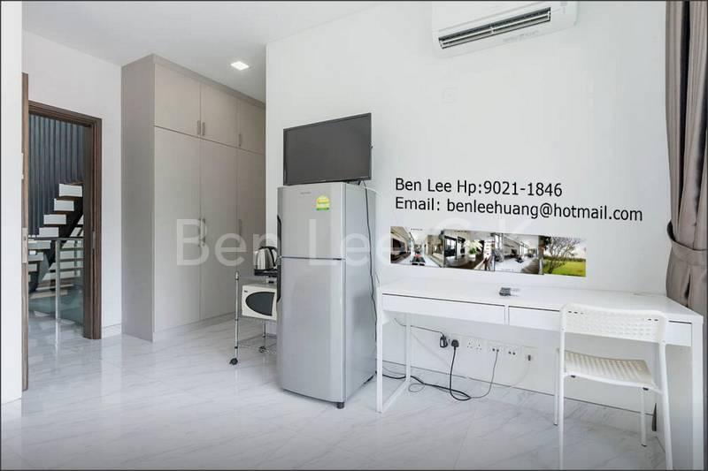 Personal fridge, LED TV, table, microwave