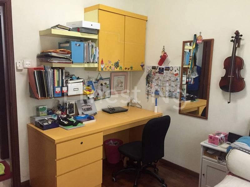 Cosy Common Room 1