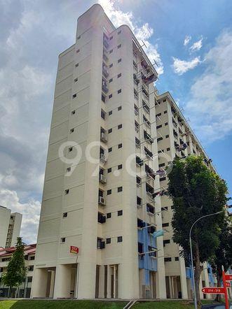HDB-Hougang Block 313 HDB-Hougang