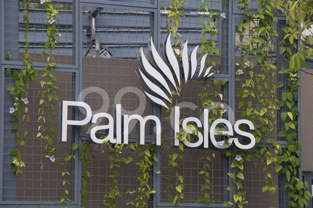 Palm Isles  Logo