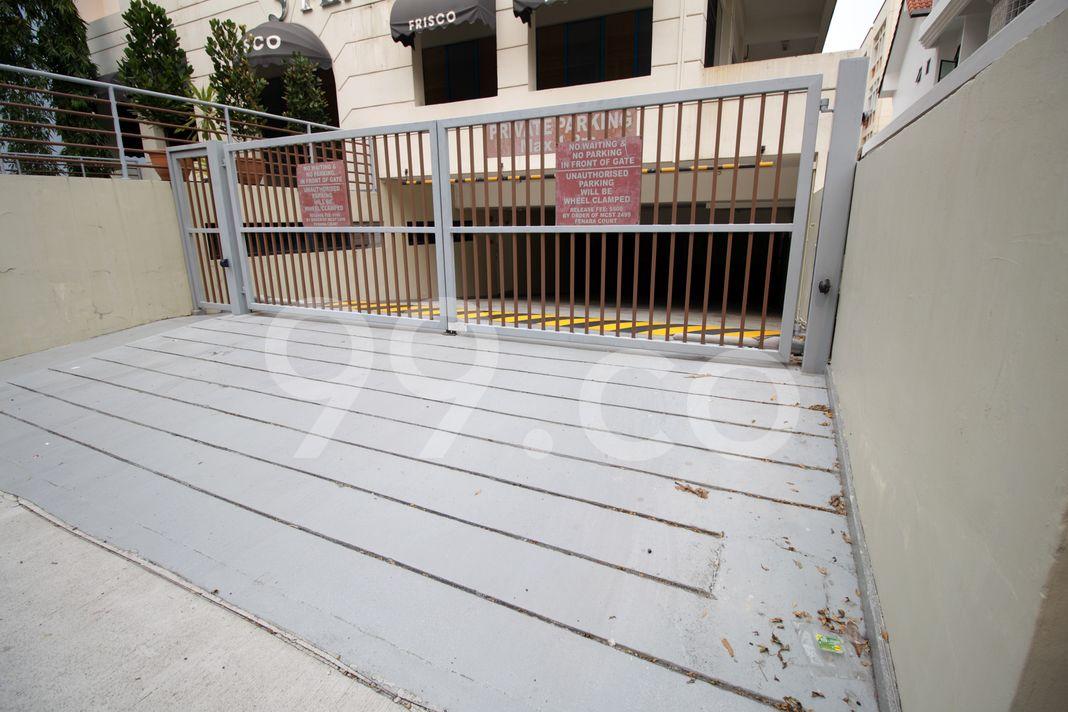 Fenara Court  Entrance