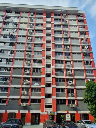 HDB-Hougang Block 435 HDB-Hougang