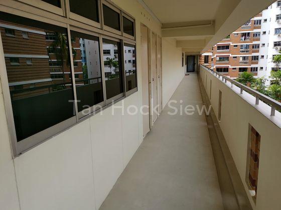 Non-Corridor Room