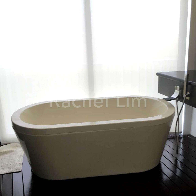 Stylish Bath Tub