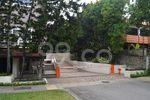 Sherwood Condominium - Entrance
