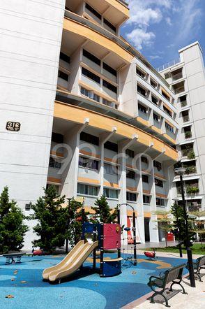HDB-Jurong East Block 316 Jurong East