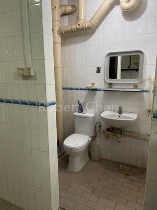 Master bedrooms toilet