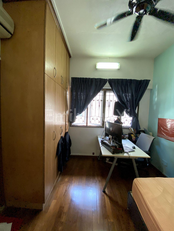 2nd floor ensuite common bedroom2