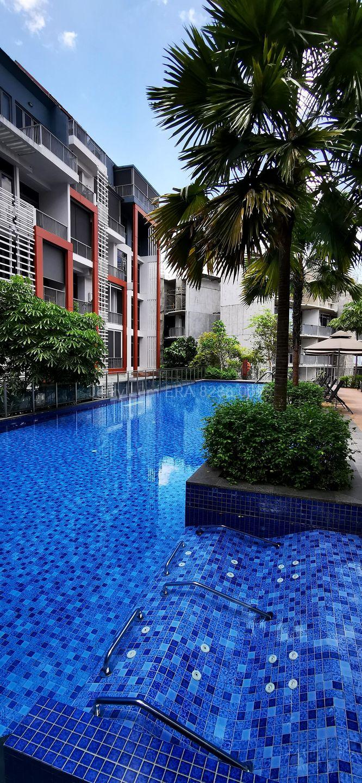 25 m Pool