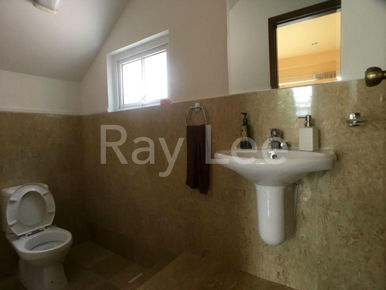 Woodgrove Estate Common Bathroom