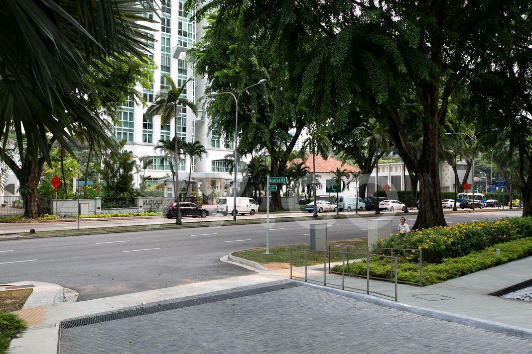 Trilight  Street